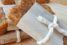 Recipes: Hors d' Oeuvres & Snacks / by Lauren Ryker