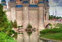 Beautiful World, Beautiful Places / by Helga Braboy
