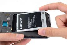 Sustitución de la batería del Samsung Galaxy Note 2 / Si quiere cambiar la batería en su Galaxy Note 2, siga los pasos de esta guía.
