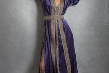 Tenues orientales et robes de soirées