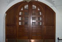 дверь, окно, витраж
