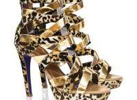 Sapatos, Sapatilhas, Botas e Sandálias