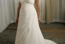 Wedding dresses / by Emily Lawler
