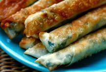 Türkei - Merhabaaaaa / Ich liebe die türkische Küche. Dies hat damit zutun, dass meine Eltern aus der Türkei stammen und ich von diesen vielen Leckereien Tag täglich umgeben war. Hier sammle ich viele Köstlichkeiten, Rezept Ideen und schnelle Gerichte aus der Türkei.