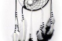 Dream Catchers (Native American / American Indian) / Native American Indian Dream Catchers