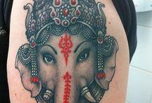Tatuaggio raffigurante ganesha