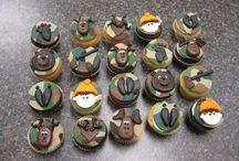 Cupcakes/Cakes / by Miranda McBride Hoffman