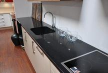 Kuchnia / Designerskie i trwałe blaty kuchenne oraz zlewy wykonane z kamienia naturalnego.