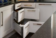 Dream Home-Kitchens / by Leesa Kopperud