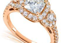 Smart Bargains Spring Wedding Week / Beautiful bridal jewelry from classic to modern. #SBWeddingWeek #springweddings