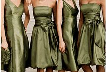 Green Envy / Wrap your wedding up with rich greens, and vibrant complimentary colours