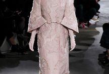 Alexander McQueen Fall 2015 Ready-to-Wear