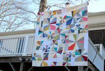 Sparkler quilt / by Elizabeth Benko