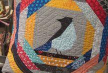 poduszki / tkaniny we wnętrzu