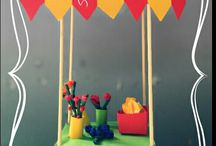 school - thema markt - supermarkt / NL: knutsels en lesideeën rond het thema markt - supermarkt.  kleuters - knutsel - creatief - marktkraam - marktstal - bloemen - groente en fruit - vis  ENG: theme markt - supermarkt ; creative ideas to teach - flowers - vegables and fruit - primaryschool - kindergarten
