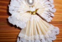 Ange avec ruban