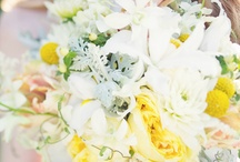 Bouquets / by Wedding Planner & Guide