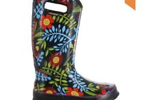 """Awesome Rubber Boots for Women in Canada / Let's face it... Canada gets a lot of wet, rainy, messy weather. Finding something practical to keep your tender tootsies warm and dry was possible but not fashionable until now. Bogs and other rubber boots to the rescue. Awesome looks and many with handles so these boots could be your go-to-slip-ons when you're in a hurry. From country to downtown, these rubber boots will have people asking """"Where did you get those!?"""""""