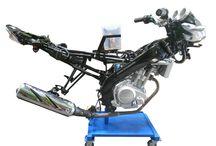 Trainer Sepeda Motor / Raswo.com Supllier alat peraga pendidikan SMK kejuruan otomotif, siap menerima pesanan pengadaan barang berupa alat peraga trainer sepeda motor. Dengan dilengkapi dokumen yang legal untuk kebutuhan sekolah maupun proyek.