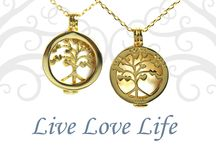 Live Love Life Necklaces- by Navika / Wear your Ball Marker as a jewelry charm with Live Love Life™ gold or silver reversible necklace! A great versatile way to extend the life of your markers now as a pendant necklace that has two different looks.
