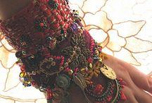 Shoes/Jewelry  / by Mackenzie Marten