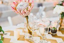 Wedding reception ideas / Ahh peach and gold.. Beautiful !!