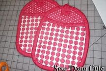 Pot holders/Oven mitts