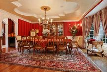 Rugs in Your Dining Room / Bare floors in the dining area can be boring. Take it up a notch with a gorgeous rug.
