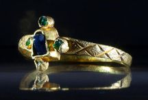 gotické šperky