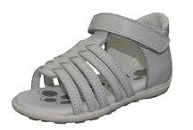 Chicco en www.deliangelo.com / Los zapatos para niños de Chicco de la temporada 2.014