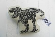 Five Boys   Dinosaurs / Boys loving dinosaurs