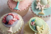 Cupcakes Hats / Inspiration for toppers for birthdays, gifts, and showers