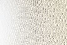 Grasscloths & Textured Wallcoverings / Grasscloths. Leather-look.