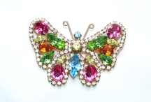 butterfly pins / butterfly pins