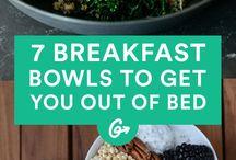 Breakfast Bowls: Smoothies, Overnight Oats, Obst und weitere Rezepte für ein gesundes Frühstück / Ein gutes Frühstück ist die Grundlage für einen tollen Start in den Tag. Beim Frühstück mag ich es am liebsten süß und gesund. Viele der Rezepte sind vegan. Egal ob Overnight Oats, Chia, frisches Obst oder Smoothies - bei mir kommt alles in die Bowl.