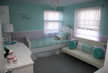 Teal & Purple Princess Room / A room that your little princess can enjoy for many years to come! (Not too young and not too kitschy!)