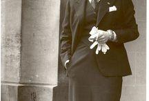 Marlene Dietrich /  Prawdziwe imię i nazwisko: Maria Magdalena Dietrich Data ur.: 27.12.1901Data śmierci: 6.05.1992 Miejsce ur.: Schöneberg bei Berlin, NiemcyMiejsce śmierci: Paryż, Francja   1 nominacja do Oscara Jeśli szukacie fotografii prawdziwej legendy, dobrze kliknęliście. Marlene Dietrich pozostaje nawet kilkanaście lat po swojej śmierci jedną z najbardziej cenionych aktorek i piosenkarek swoich czasów, symbol seksu, a nawet przedwczesnej rewolucji seksualnej.