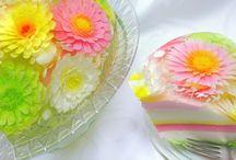 gelatinpulver tårta med blommor i