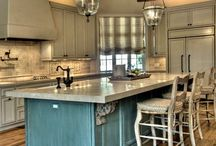 Kitchens / by Jay Valento