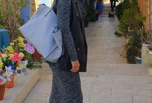 Grey tube midi dress / ¡Habemus nuevo #lookpropuesta!, esta semana combino un vestido midi con mucho rock&roll: Grey tube midi dress en http://www.laprincesarosa.com/ent…/grey-tube-midi-dress.html
