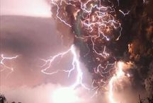 thunder and lightning... very very frightening