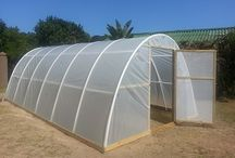 Veggie Tunnels & Hydroponics
