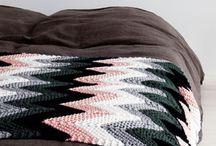 Neulontaa, virkkaus ja ompelua