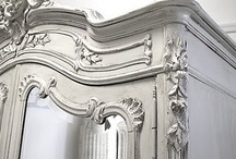 Painted Furniture Inspiration / Inspiration for painted furniture and good tutorials for DIY