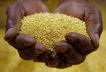 HANDS FULL OF GOLD