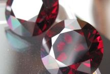MY WORK / Gem cutting precious stones