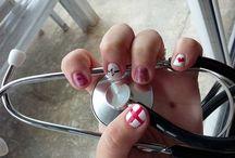 Manucure / La beauté passe aussi par les ongles!