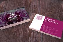 Print / Quelques exemples de cartes de visites, plaquettes, flyers, et divers supports print de l'agence