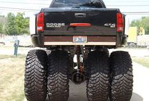 Custom Dodge Trucks / lifted dodge trucks with custom suspension and paint