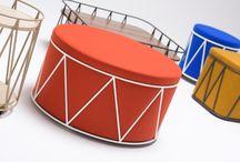 """Carnival / Ersa için Carnival serisini hazırlayan Ece Yalım Design Studio, karnavallardan ilham alıyor. Carnival, çalışma ortamlarına karnavalların eğlenceli dünyasını taşımayı öneriyor. Trapeze , Lobut , Tambour ve Acrobat ! Carnival ürünleri, dinamik çizgileri, eğlendirici formları, gösterişli ve güçlü kontrast yaratan renkleriyle, ofis mekanında beklenmeyeni sunuyor. """"Hareket etmeye her an hazır"""" gibi duran tasarımlar, adeta bir geçit törenine davet ediyor. Design by Ece Yalım Design Studio"""